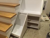 階段下収納DIY完成、キャスター収納部分