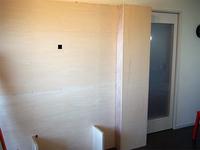 今回の作品組み立て前のDIYで作ったリビングの棚