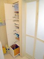 洗面所収納棚