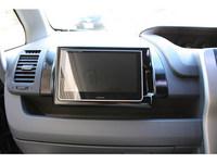 車載モニター用取り付け枠の正面