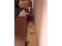 テレビ台裏の配線整理棚