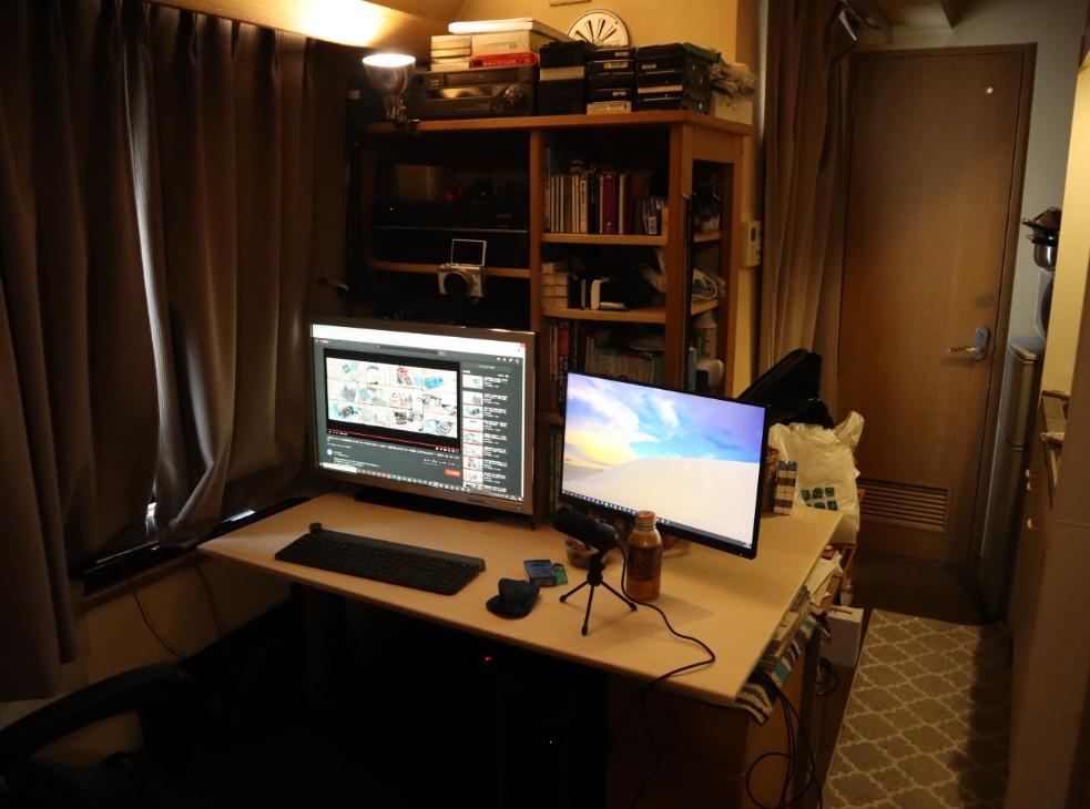 既存の作業テーブルの取り換え用天板をDIY設置